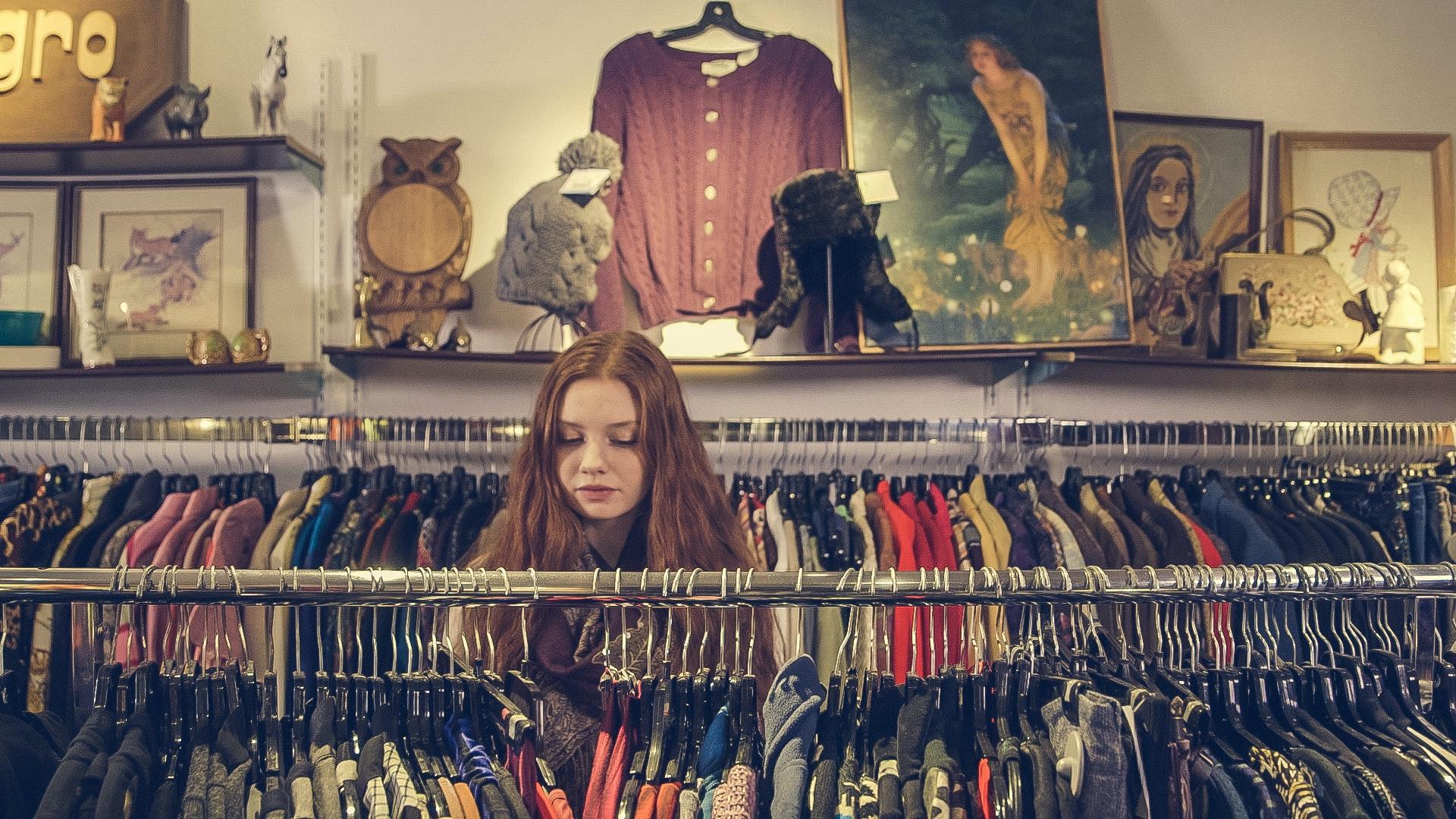 Guia para comprares roupa em segunda mão