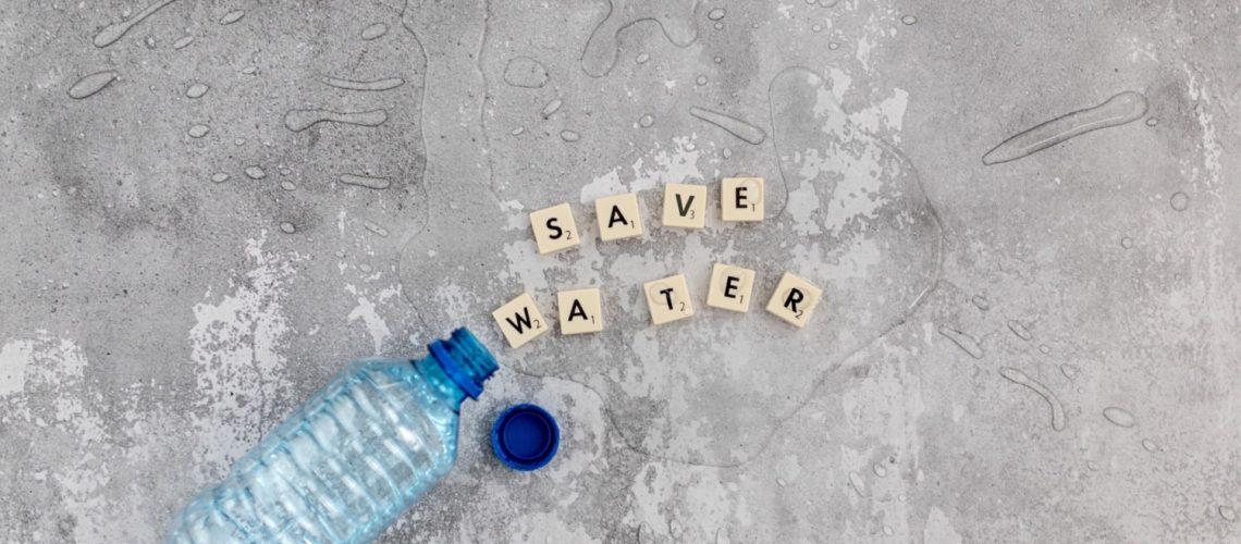 poupar água